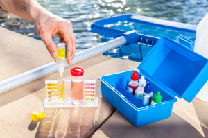 Swimming Pool Cleaning Water Testing